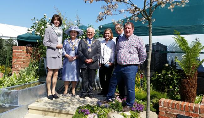 Award winning show garden for paxmans at harrogate paxman for Garden design harrogate