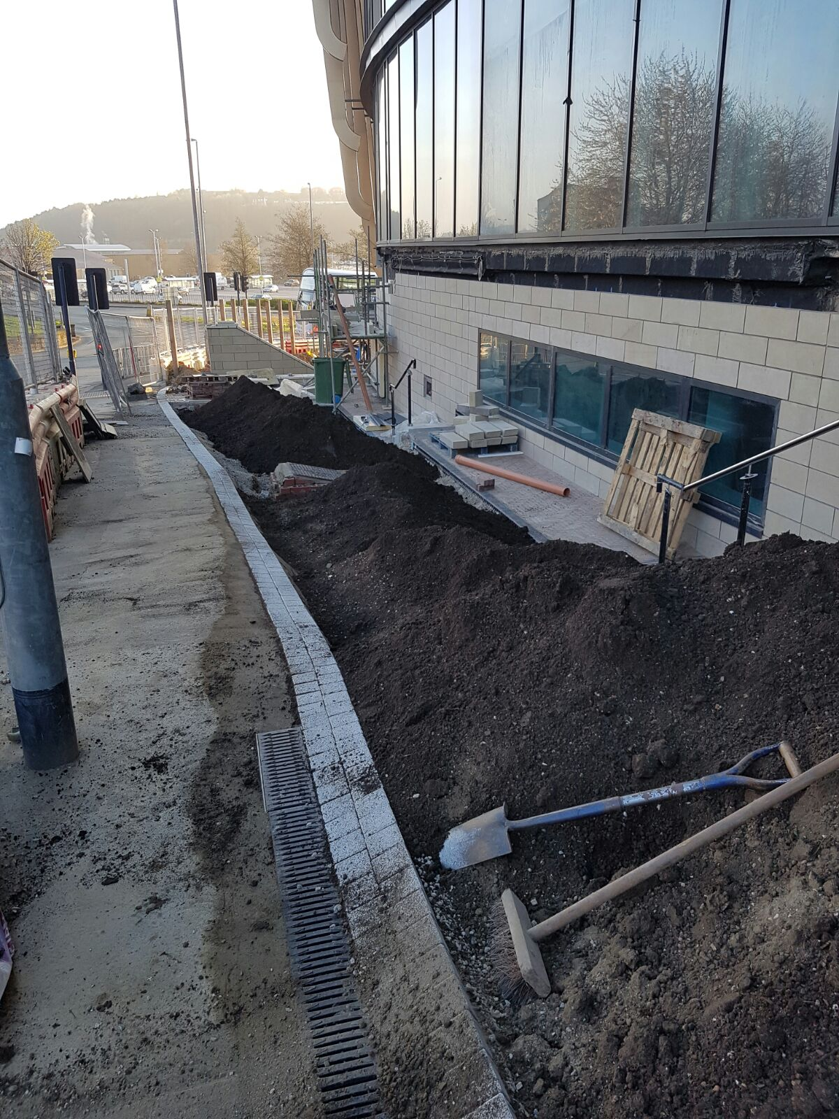 University Of Huddersfield Landscaping   Planting And Topsoil Paxman Landscapes